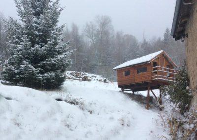 cabane_sous_la_neige
